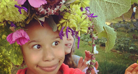To Promote Urban Gardening, Farmer Takes Pictures of Flowers...Planted on People's Heads!