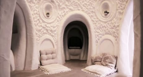 Cave-Digging Artist Hand-Carves Sandstone Into Amazing Underground Homes