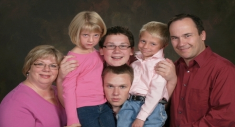 Are These The Most Awkward Families Ever?
