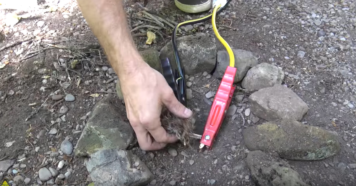 This Is How You Start A Fire With Jumper Cables And A Pencil