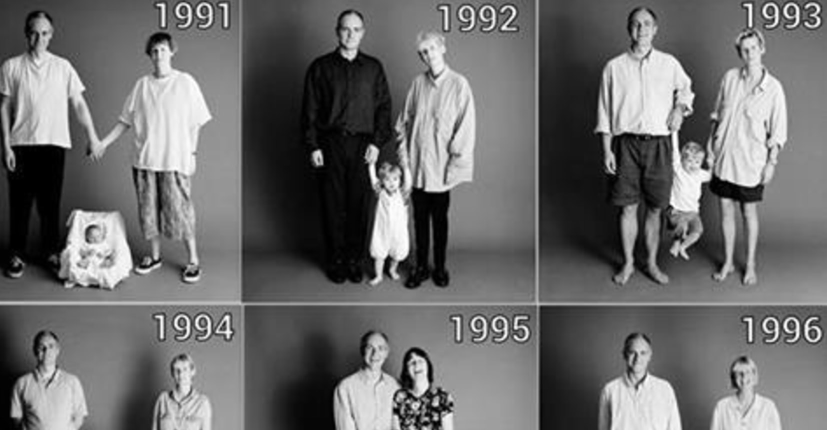 For 25 Years, This Family Took The Same Photo. The Pictures Reveal Their Stunning Transformations