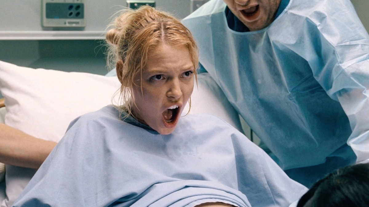 11 Completely Fascinating Facts About 'Knocked Up'