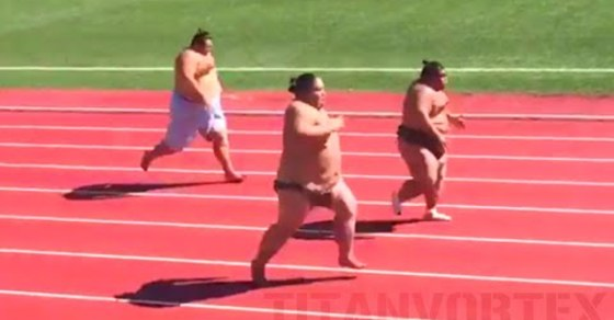Video: Sumo Wrestlers in Running Race Sprint Faster Than Most of Us