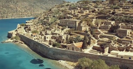 Free Running Through the Epic Ancient Crete Island