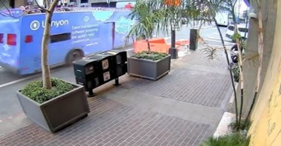 Crazy CCTV Footage Of a San Fran Tour Bus Losing Control in Union Square (Multiple Angles)