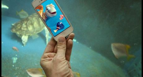 This Genius Adds Pop Culture to Real Life Using His Smartphone