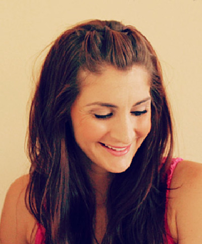 how to keep your hair straight while sleeping