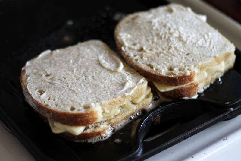 how to make grilled cheese with mayo
