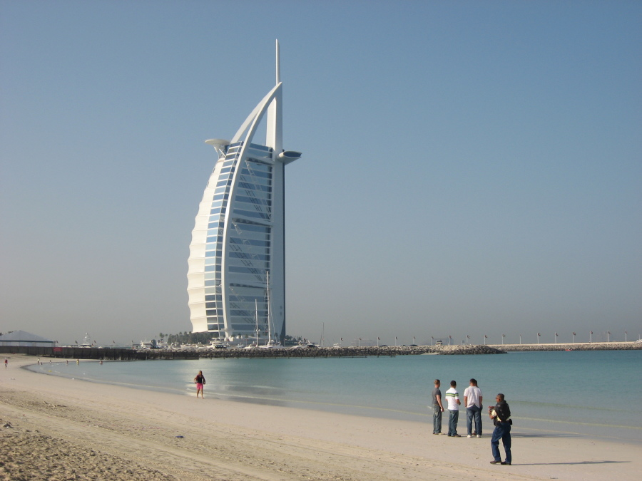 Waseem amazingly luxurious things in dubai for Burj al arab reservation