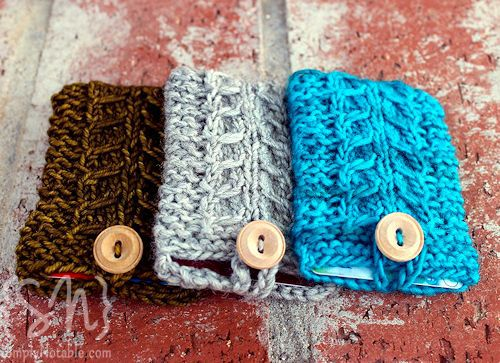 Knitting Gifts : Nothing says love like a homemade, knitted gift card wrapper. Wel...