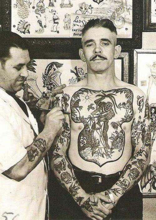 Vintage Tattoo Ideas 31