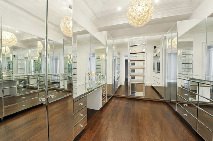 These fancy walk in closets will make you feel like you 39 ve for Fancy walk in closet