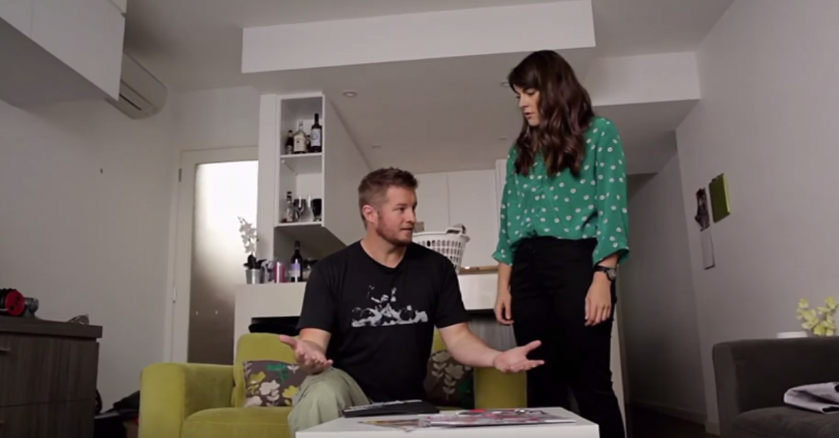 This Guy Gets Dumped By His Girlfriend Because Of A Magic Coffee - Magic coffee table