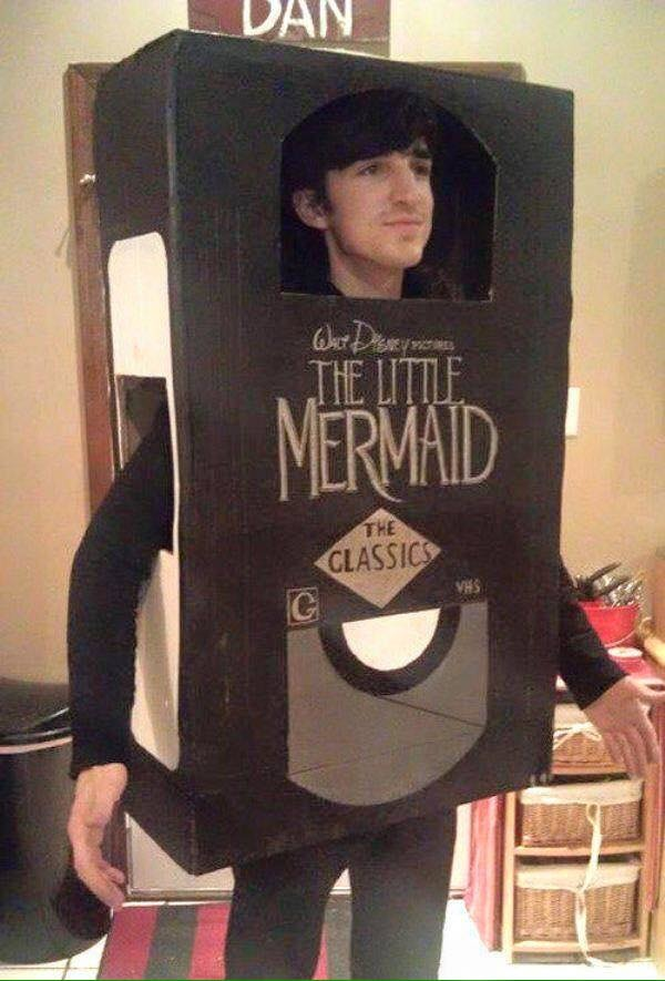 Clever Costumes For People Obsessed With Disney There S