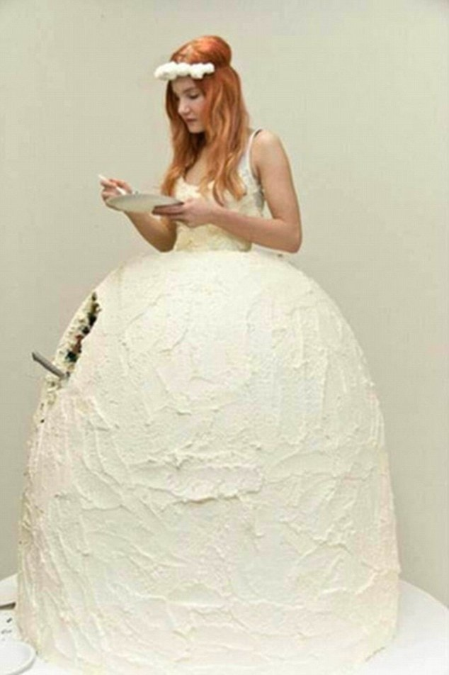 These Are The Worst Wedding Dresses You Ll Ever See What