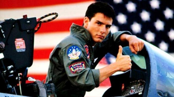 Tom Cruise memiliki jempol lurus